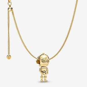 Star Wars™ C3PO Necklace Set